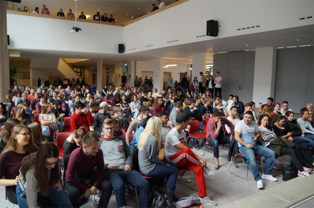 Volle Aula