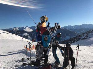 Fotowettbewerb der Ski-Rally: Hier das kreative Sieger-Bild.