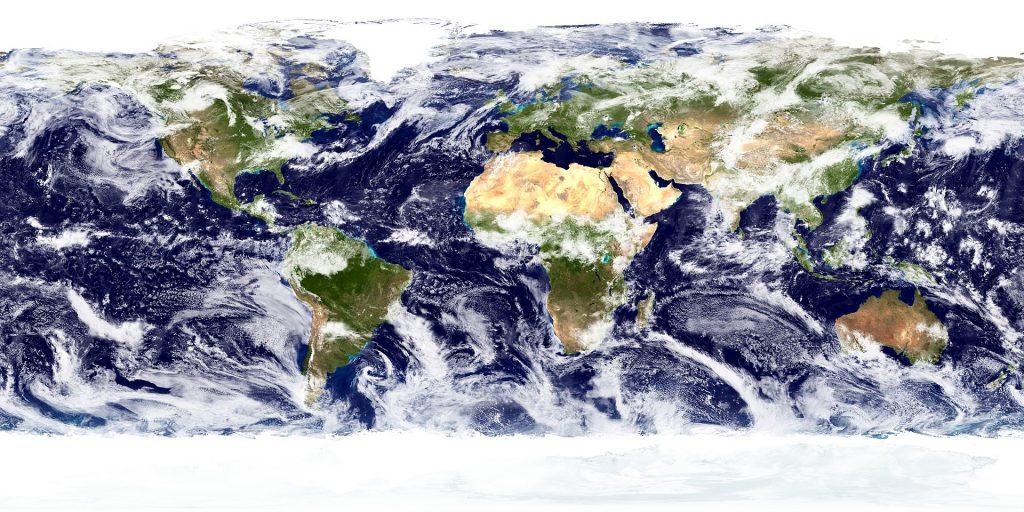 Eiswolkenbildung über Land und Wasser