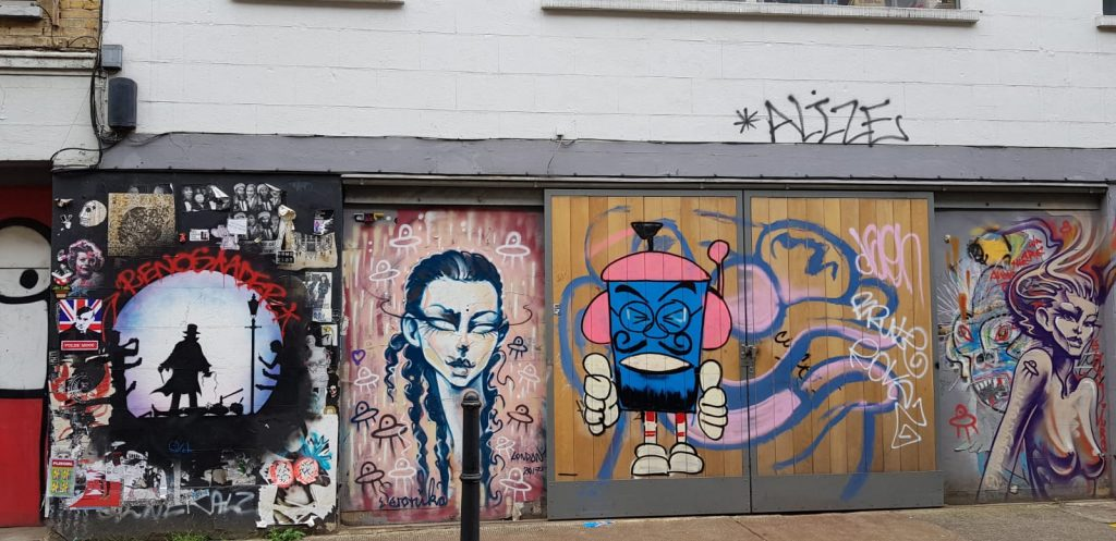 Culture for free – Brick Lane / Shoreditch – Street art tour – starting with all students