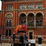 Victoria & Albert Museum: No, we weren´t forced to go – we just wanted to go! Did you know? NO ENTRANCE FEE for British Museums
